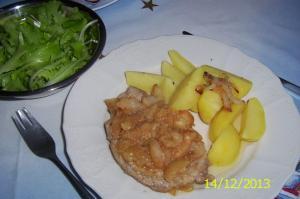Kotleta s jablky a paprikovou hořčici