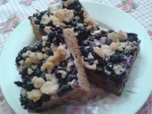 Borůvkový špaldový koláč