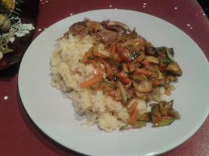 Kachní prsa na zázvoru s wok zeleninou