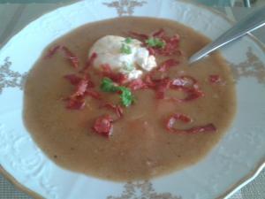 Pikantní fazolový krém s chorizem
