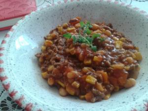 Chilli con carne s kukuřicí