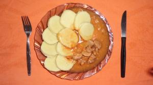 Vepřové plecko na leču a fazolích
