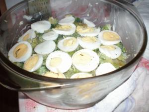 zapečená brokolice s vejci a bramborama