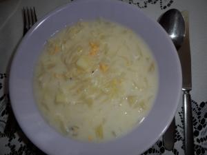 Bílá zelná polévka
