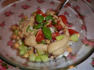 Středomořský salát s cizrnou a fenyklem
