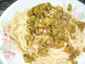 Cuketové aglio olio