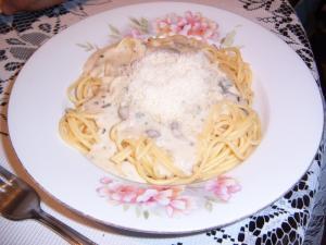 Špagety s houbovou omáčkou
