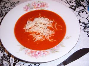 Rajská polévka s celerem