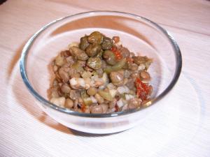 Čočkový salát se sušenými rajčaty