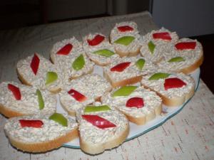 Tvarohová pomazánka s jablky a česnekem